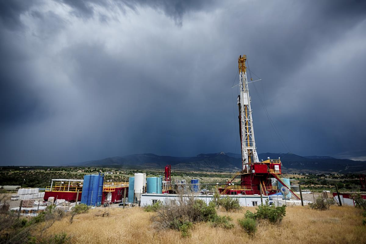 Study: People who live near oil and gas facilities in